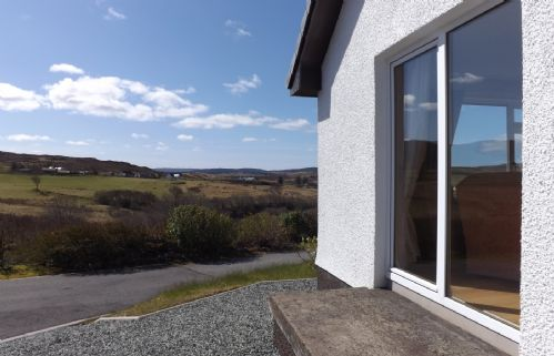 Upfront,up,front,reviews,accommodation,self,catering,rental,holiday,homes,cottages,feedback,information,genuine,trust,worthy,trustworthy,supercontrol,system,guests,customers,verified,exclusive,shenavall,islands and highlands cottages,kensaleyre,,image,of,photo,picture,view