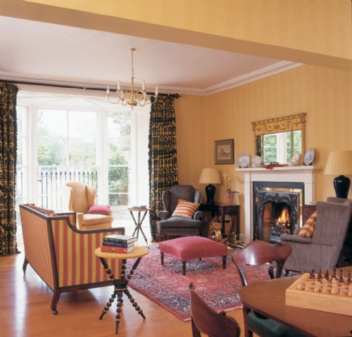 Cloister House, drawing room, Cottage Holiday Group