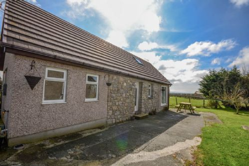 Upfront,up,front,reviews,accommodation,self,catering,rental,holiday,homes,cottages,feedback,information,genuine,trust,worthy,trustworthy,supercontrol,system,guests,customers,verified,exclusive,the cottage at erw deg,coastal holidays,gaerwen,,image,of,photo,picture,view