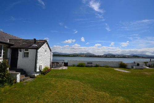 Upfront,up,front,reviews,accommodation,self,catering,rental,holiday,homes,cottages,feedback,information,genuine,trust,worthy,trustworthy,supercontrol,system,guests,customers,verified,exclusive,foel ferry - arlanfor,coastal holidays,brynsiencyn,,image,of,photo,picture,view