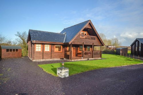 Upfront,up,front,reviews,accommodation,self,catering,rental,holiday,homes,cottages,feedback,information,genuine,trust,worthy,trustworthy,supercontrol,system,guests,customers,verified,exclusive,pumpkin lodge,coastal holidays,menai bridge,,image,of,photo,picture,view