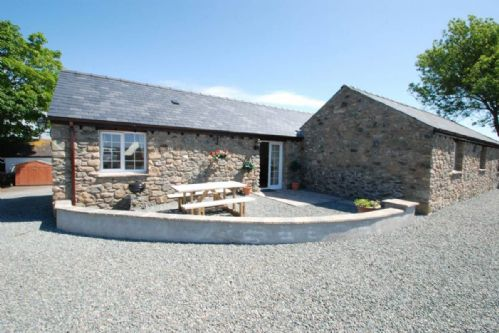 Upfront,up,front,reviews,accommodation,self,catering,rental,holiday,homes,cottages,feedback,information,genuine,trust,worthy,trustworthy,supercontrol,system,guests,customers,verified,exclusive,the stables,coastal holidays,aberffraw,,image,of,photo,picture,view