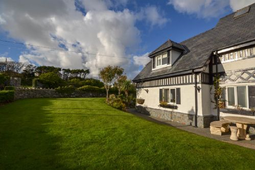 Upfront,up,front,reviews,accommodation,self,catering,rental,holiday,homes,cottages,feedback,information,genuine,trust,worthy,trustworthy,supercontrol,system,guests,customers,verified,exclusive,the old abbey - the annexe ,coastal holidays,trearddur bay,,image,of,photo,picture,view