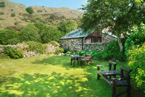Upfront,up,front,reviews,accommodation,self,catering,rental,holiday,homes,cottages,feedback,information,genuine,trust,worthy,trustworthy,supercontrol,system,guests,customers,verified,exclusive,stanley ghyll cottage,select cottages,boot, eskdale.,,image,of,photo,picture,view