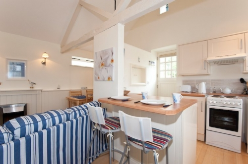 Upfront,up,front,reviews,accommodation,self,catering,rental,holiday,homes,cottages,feedback,information,genuine,trust,worthy,trustworthy,supercontrol,system,guests,customers,verified,exclusive,lighthouse cottage,cornwalls cottages ltd,truro,,image,of,photo,picture,view
