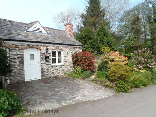 Old Forge, Ruan Lanihorne - Roseland & St Mawes cottages