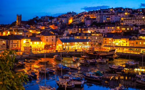 Upfront,up,front,reviews,accommodation,self,catering,rental,holiday,homes,cottages,feedback,information,genuine,trust,worthy,trustworthy,supercontrol,system,guests,customers,verified,exclusive,kings quay apartments 1,brixham holidays ltd,brixham,,image,of,photo,picture,view