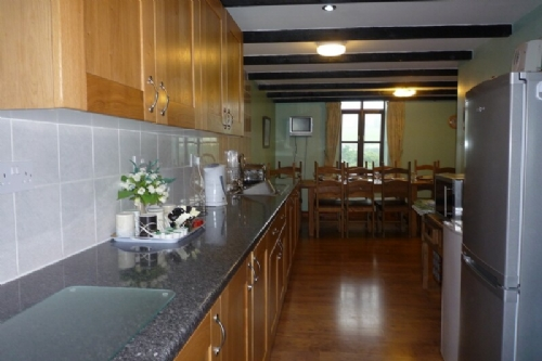 Bank End Barn, kitchen, Lakes Cottage Holidays