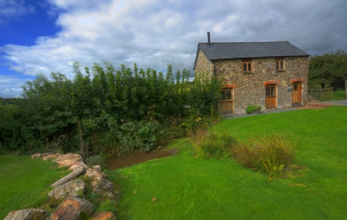 Upfront,up,front,reviews,accommodation,self,catering,rental,holiday,homes,cottages,feedback,information,genuine,trust,worthy,trustworthy,supercontrol,system,guests,customers,verified,exclusive,orchard barn,devon country barns,,,image,of,photo,picture,view