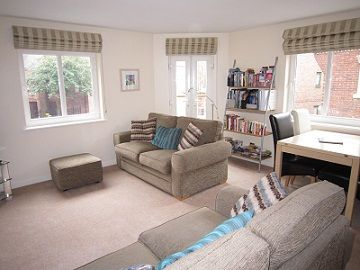 Upfront,up,front,reviews,accommodation,self,catering,rental,holiday,homes,cottages,feedback,information,genuine,trust,worthy,trustworthy,supercontrol,system,guests,customers,verified,exclusive,4 crambeck court ,stays york,york,,image,of,photo,picture,view
