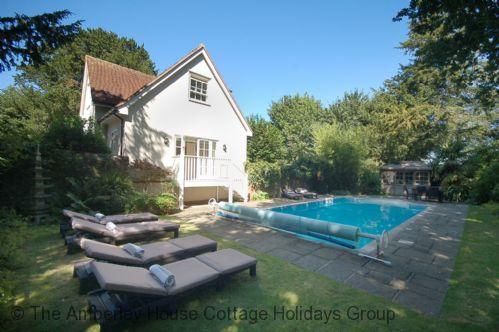 The Poolhouse - Main Image