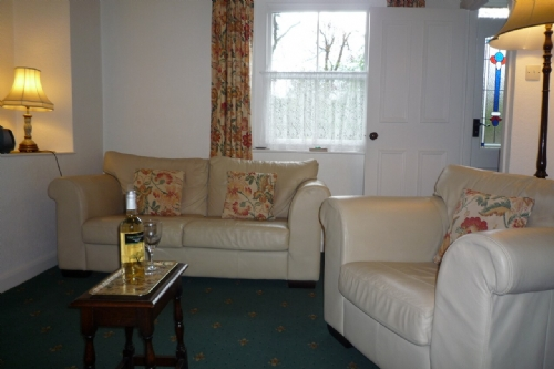 Lydia's River Cottage, Lounge, Lakes Cottage Holidays