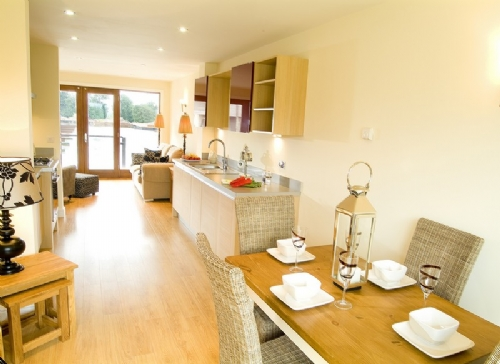 Marina Cottage, kitchen, Cottage Holiday Group