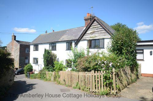 Barrington Cottage - Main Image