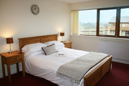 Marina Apartment, Double Bedroom, Cottage Holiday Group