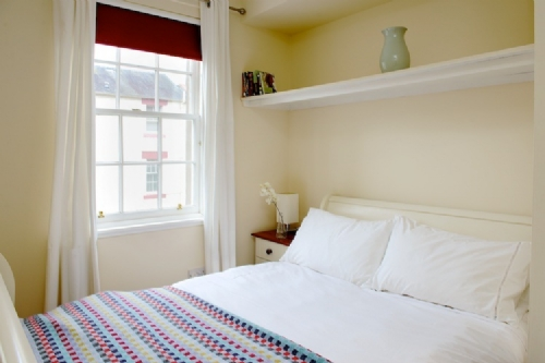 Upfront,up,front,reviews,accommodation,self,catering,rental,holiday,homes,cottages,feedback,information,genuine,trust,worthy,trustworthy,supercontrol,system,guests,customers,verified,exclusive,grassmarket 4,greatbase apartments ltd,edinburgh,,image,of,photo,picture,view