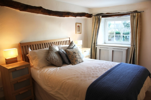 Whitecroft, Cartmel, bedroom, Lakes Cottage Holidays