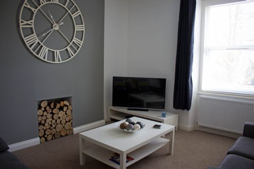 Upfront,up,front,reviews,accommodation,self,catering,rental,holiday,homes,cottages,feedback,information,genuine,trust,worthy,trustworthy,supercontrol,system,guests,customers,verified,exclusive,willow court apartment 2,great escapes (wales) ltd,llandudno,,image,of,photo,picture,view