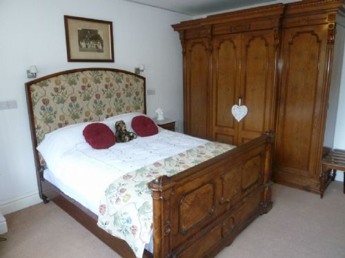 Old Belfield Apartment, self catering holiday cottage in Bowness on Windermere sleeping 2/4, Lakes Cottage Holidays