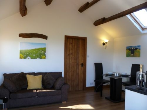 BUTTERCUP COTTAGE, Catterlen, Nr Ullswater