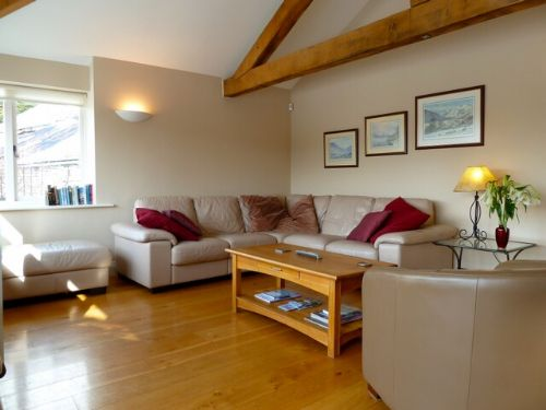 Greenbank Farmhouse, Lounge, Lakes Cottage Holidays