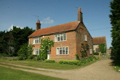 Clematis Cottage, Kettlestone Norfolk, 4 star self catering accommodation