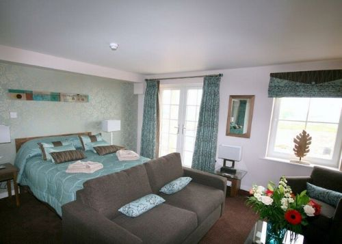 ULLSWATER SUITE View 2 (ground floor) Whitbarrow Holiday Village, Nr Ullswater