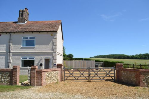 holiday cottage Norfolk, Southmill Cottage, Shereford, rural Norfolk