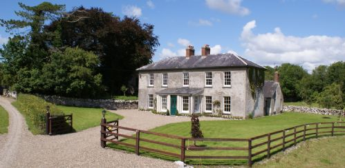 Upfront,up,front,reviews,accommodation,self,catering,rental,holiday,homes,cottages,feedback,information,genuine,trust,worthy,trustworthy,supercontrol,system,guests,customers,verified,exclusive,inchiquin house,irish landmark trust (eur),clare,,image,of,photo,picture,view