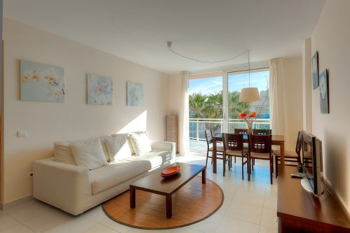 Upfront,up,front,reviews,accommodation,self,catering,rental,holiday,homes,cottages,feedback,information,genuine,trust,worthy,trustworthy,supercontrol,system,guests,customers,verified,exclusive,bossa azul 2-4-3,apartments in ibiza limited,ibiza town,,image,of,photo,picture,view