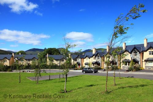Upfront,up,front,reviews,accommodation,self,catering,rental,holiday,homes,cottages,feedback,information,genuine,trust,worthy,trustworthy,supercontrol,system,guests,customers,verified,exclusive,ardmullen 3 bed walnut ,kenmare rentals.com,kenmare,,image,of,photo,picture,view