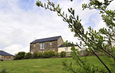 Upfront,up,front,reviews,accommodation,self,catering,rental,holiday,homes,cottages,feedback,information,genuine,trust,worthy,trustworthy,supercontrol,system,guests,customers,verified,exclusive,fallow,pollaughan farm cottages,,,image,of,photo,picture,view