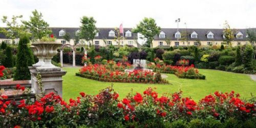 Abbey Court Hotel & Lodges, Nenagh, Co.Tipperary - 5 Bed Lodge - Sleeps 10