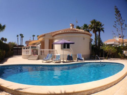 126.Beautiful Detached Villa, Playa Flamenca, Alicante, Costa Blanca, Spain - 3 Bed - Sleeps 6