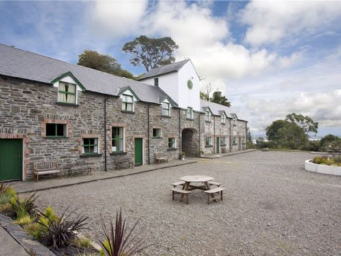 Ardnagashel Holiday Cottage, Ardnagashel, Co.Cork - Type C 2 bed - Sleeps 4
