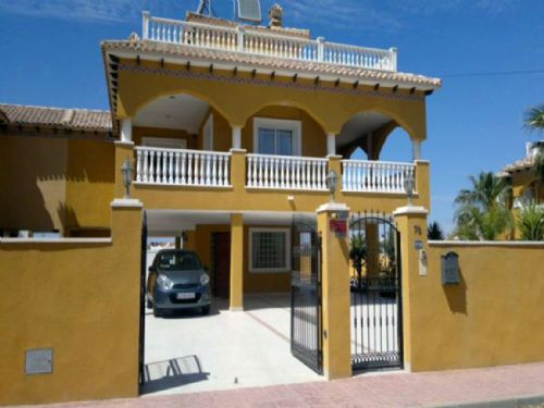 RL078. Villa La Regia, 2 Bedrooms - Sleeps 4, Cabo Roig