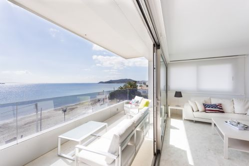 Upfront,up,front,reviews,accommodation,self,catering,rental,holiday,homes,cottages,feedback,information,genuine,trust,worthy,trustworthy,supercontrol,system,guests,customers,verified,exclusive,irb 3-3-2,apartments in ibiza limited,ibiza town,,image,of,photo,picture,view