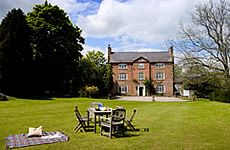 Upfront,up,front,reviews,accommodation,self,catering,rental,holiday,homes,cottages,feedback,information,genuine,trust,worthy,trustworthy,supercontrol,system,guests,customers,verified,exclusive,the sherriffs,white heron properties,herefordshire,,image,of,photo,picture,view
