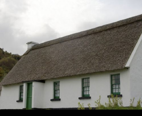 Corofin Lake Cottages , Corofin, Co.Clare - 3 Bed - Sleeps 6