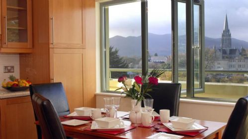 Upfront,up,front,reviews,accommodation,self,catering,rental,holiday,homes,cottages,feedback,information,genuine,trust,worthy,trustworthy,supercontrol,system,guests,customers,verified,exclusive,killarney,  park place town house, highstreet, killarney, co.kerry - 2 bedroom - sleeps 4,relax ireland - the holiday home experts,killarney,,image,of,photo,picture,view