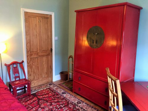 Upfront,up,front,reviews,accommodation,self,catering,rental,holiday,homes,cottages,feedback,information,genuine,trust,worthy,trustworthy,supercontrol,system,guests,customers,verified,exclusive,artist cottage b&b | cowley road | double room,abodes uk ltd,central oxford,,image,of,photo,picture,view