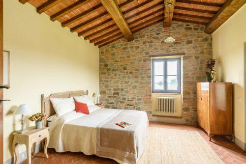 Main bedroom, lots of original features to enjoy