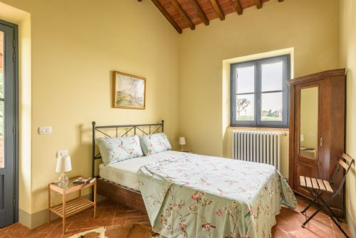 Third bedroom, private terrace, lots of space and light