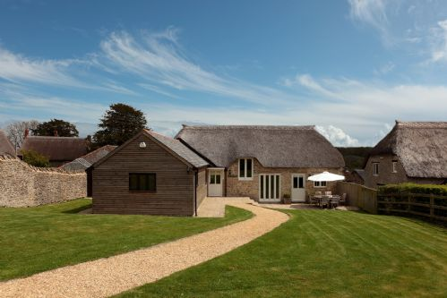 Upfront,up,front,reviews,accommodation,self,catering,rental,holiday,homes,cottages,feedback,information,genuine,trust,worthy,trustworthy,supercontrol,system,guests,customers,verified,exclusive,east view barn,luxury dorset cottages,dorchester,,image,of,photo,picture,view