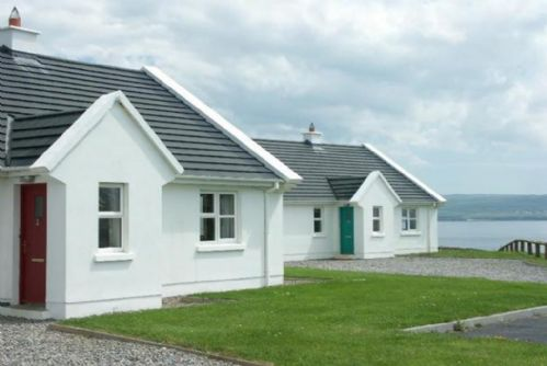 Cliff Holiday Cottages,Liscannor, Co.Clare - Type B - 3 Bed - Sleeps 5