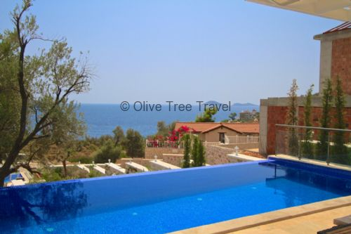 Upfront,up,front,reviews,accommodation,self,catering,rental,holiday,homes,cottages,feedback,information,genuine,trust,worthy,trustworthy,supercontrol,system,guests,customers,verified,exclusive,royale villa,olive tree travel,central kalkan,,image,of,photo,picture,view