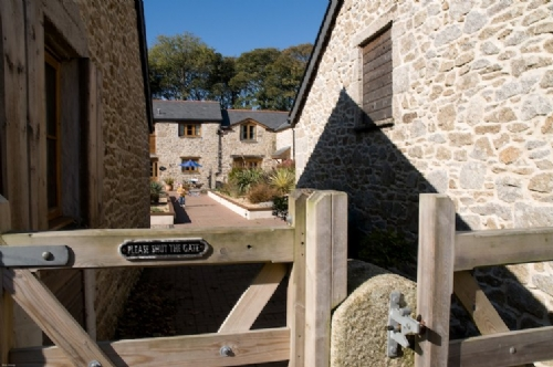 Upfront,up,front,reviews,accommodation,self,catering,rental,holiday,homes,cottages,feedback,information,genuine,trust,worthy,trustworthy,supercontrol,system,guests,customers,verified,exclusive,pendeen cottage,cornwalls cottages ltd,falmouth,,image,of,photo,picture,view