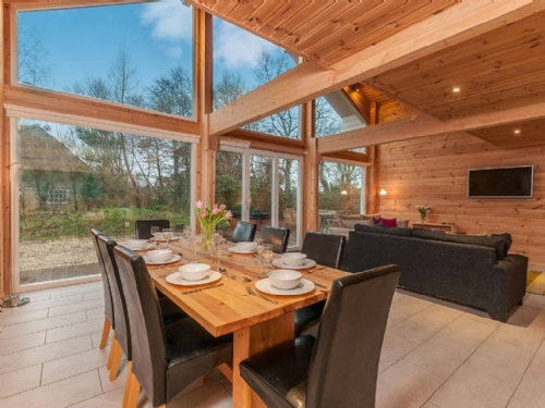 Upfront,up,front,reviews,accommodation,self,catering,rental,holiday,homes,cottages,feedback,information,genuine,trust,worthy,trustworthy,supercontrol,system,guests,customers,verified,exclusive,cuckoo lodge,mill meadow,kingston st mary,,image,of,photo,picture,view