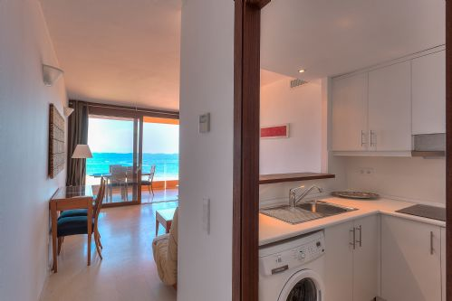 Upfront,up,front,reviews,accommodation,self,catering,rental,holiday,homes,cottages,feedback,information,genuine,trust,worthy,trustworthy,supercontrol,system,guests,customers,verified,exclusive,gemini 2a,apartments in ibiza limited,ibiza town,,image,of,photo,picture,view