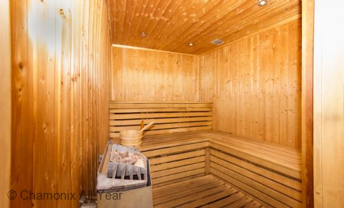 Access to sauna room in the building complex